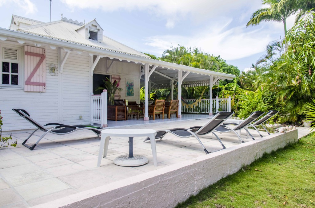 Terrasse avec jardin privatif