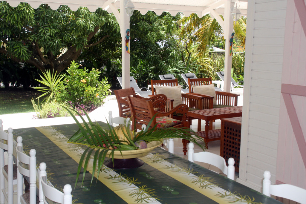 les terrasses espaces de vie de la villa