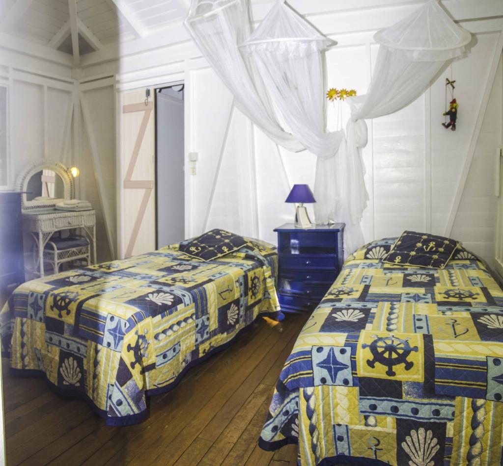 Deuxième chambre de l'aile de la villa
