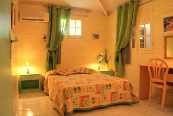 Seconde chambre de la villa Guadeloupe pour vos vacances.