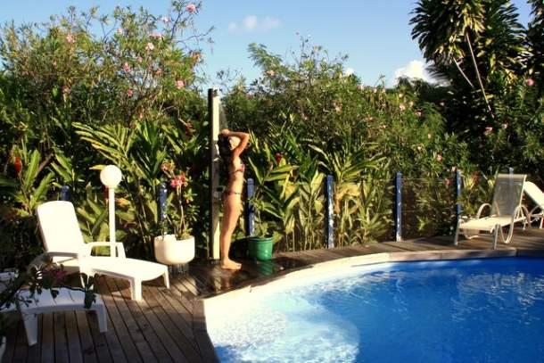 La douche tropicale une émotion de vacances en Guadeloupe